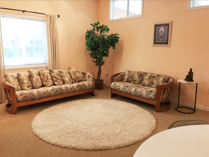 Welcome Center Sofas